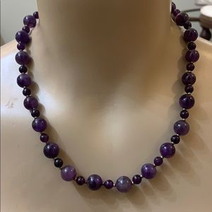 Gorgeous Amethyst Crystal Stone Bead Necklace